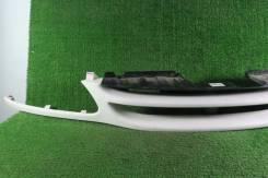 Решетка радиатора б/у Nissan Serena C23 1997