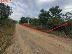 Продается земельный участок поворот Угловое в г. Артеме ,. 1 000кв.м., собственность, электричество. Фото участка