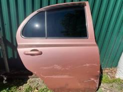Дверь задняя правая Nissan March AK12 NAA, розовый, на запчасти