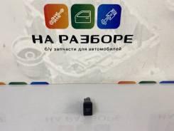 Кнопка отключения боковых подушек безопасности (шторок) Toyota Land Cruiser 2012 [8441560040] 200 1VD-FTV 8441560040