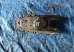 Кронштейн амортизатора Isuzu ELF, правый передний 8973160100