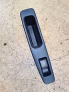Кнопка стеклоподъемника двери задней правой Nissan Qashqai J10E 1 рест Nissan [25411BR00A] 25411BR00A