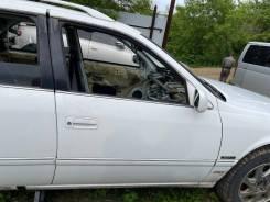Дверь передняя правая белая (040) Toyota Mark II Qualis MCV25 85000km