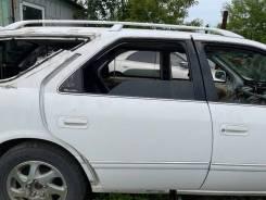Дверь задняя правая белая (040) Toyota Mark II Qualis MCV25 85000km