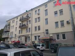 3-комнатная, улица Береговая 8. Центр, проверенное агентство, 74,2кв.м. Дом снаружи