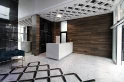 1-комнатная, улица Зеленый бульвар 21. 64, 71 микрорайоны, проверенное агентство, 37,0кв.м. Подъезд внутри
