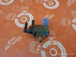Вакуумный клапан Nissan Cefiro [FDBD100] VQ20DE FDBD100