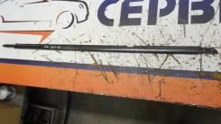 Молдинг стекла Toyota Harrier, правый задний 7573048010