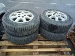 Шины зимние Cordiant 185/70/R14 на литых дисках Toyota пять шпилек