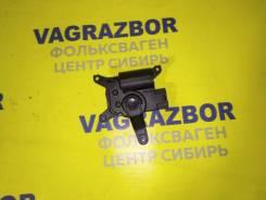 Моторчик заслонки печки Volkswagen Touareg 2007 [7L0907511AR] 7L6 BPE 7L0907511AR