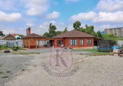 Продам качественный красивый дом с землей. Улица Бородина 15, р-н 9 км, площадь дома 92,0кв.м., площадь участка 1 736кв.м., централизованный водоп...