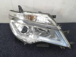 Фара правая Nissan Serena C26 LED Оригинал Япония
