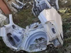 Крыло заднее правое 61601-47110 ZVW41 Prius A Белый 070
