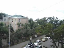 Комната, улица Овчинникова 2. Столетие, агентство, 11,0кв.м. Вид из окна днём