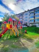 2-комнатная, улица Маслакова 14а. Школа №4, агентство, 45,0кв.м. Дом снаружи
