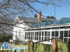 Продается жилой дом в пригороде г. Владивостока. Улица Лесопитомник 1, р-н Весенняя, площадь дома 435,4кв.м., площадь участка 2 300кв.м., централи...