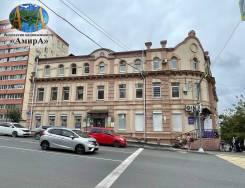 Сдаём в аренду офис на Гайдамаке в г. Владивостоке. 18,0кв.м., улица Светланская 114, р-н Центр. Дом снаружи