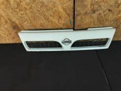 Решетка радиатора Nissan Ad WFNY10